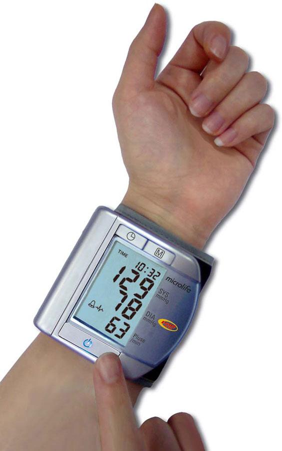 Как измерить артериальное давление тонометром
